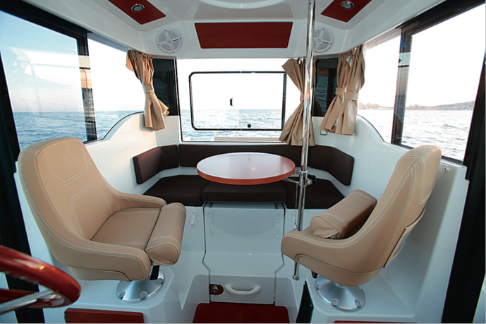 Jeanneau Merry Fisher 855 Marlin - Banquette