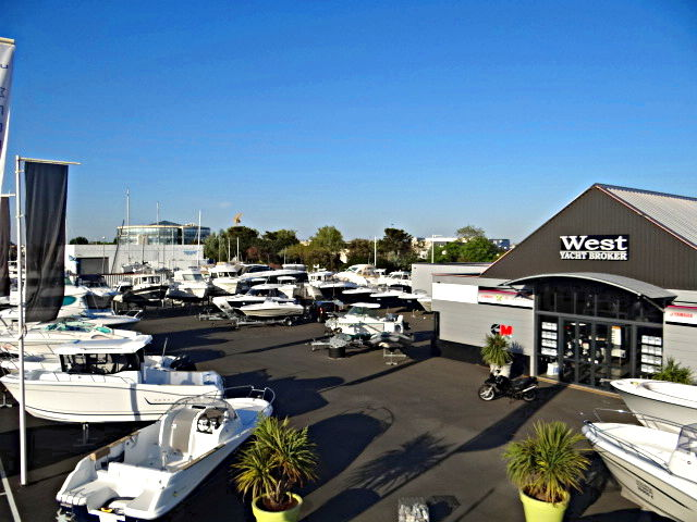 WEST YACHT BROKER